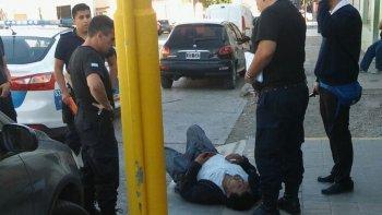 una pelea termino con un hombre apunalado en el estomago