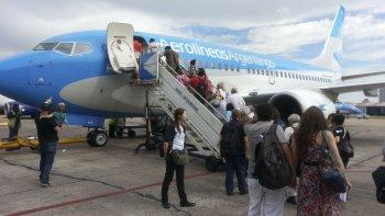 El gobernador Mario Das Neves le reclamó al presidente de Aerolíneas Argentinas por los vuelos a Chubut.