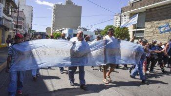 La movilización de los trabajadores de Guilford ayer por las calles céntricas.