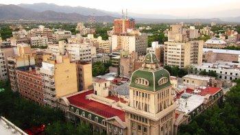 La ciudad de Mendoza es, según Trivago, el destino más accesible.