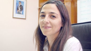 Mariana Vega, subsecretaria de Ambiente de Chubut. La funcionario detalló el porqué de la sanción.