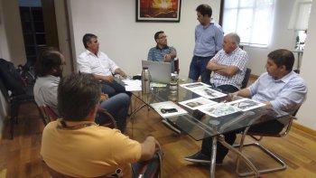 La reunión mantenida por referentes municipales con representantes de la empresa italiana.