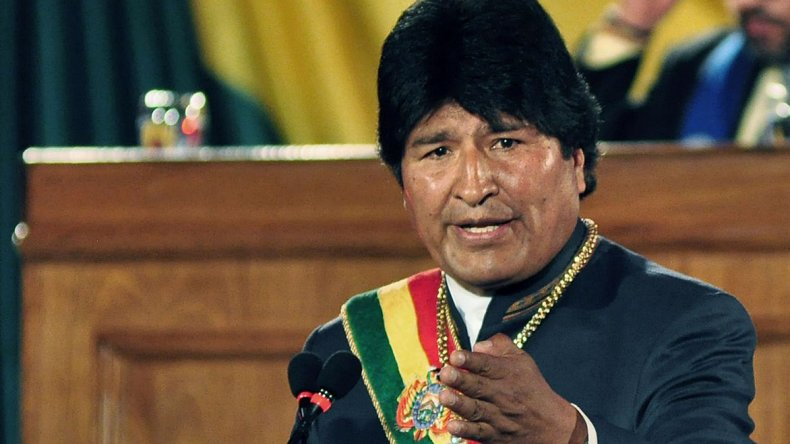 Chile nos roba y nos demanda. Quiero decir con mucho respeto que esa demanda será en vano: Bolivia va a recuperar sus aguas del Silala