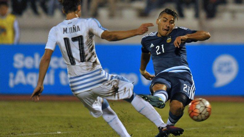 Marcelo Torres viene de marcar dos goles en el empate de 3-3 que logró Argentina frente a Uruguay.