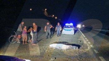 muere atropellado un peaton que caminaba por la ruta