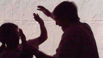 dictaron prohibicion de acercamiento para el hombre que golpeo a su pareja