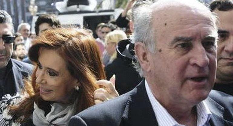 Parrilli denunció que con la difusión de la escucha el Gobierno está dando un mensaje cuasi mafioso a toda la oposición.