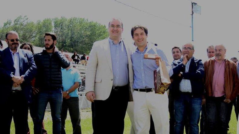 El viceintendente Juan Pablo Luque y otros funcionarios municipales comodorenses participaron de la Fiesta Nacional de la Esquila que se celebró en Río Mayo.