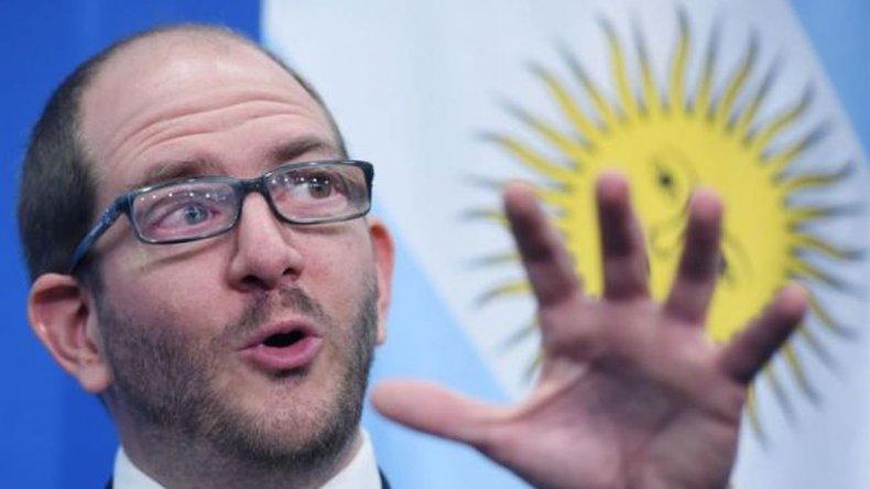 Gobierno admite que no garantiza que bajen los precios