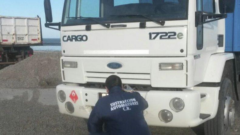 La División Sustracción de Automotores secuestró un camión Ford Cargo.