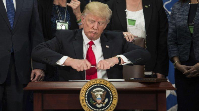 Trump ordenó la construcción del polémico muro en la frontera con México.