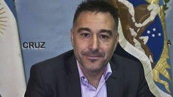 El ministro de la Producción de Santa Cruz, Leonardo Alvarez, presidió la reunión entre empresarios y representantes de los estibadores que se celebró en Buenos Aires.