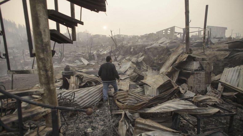 Chile se enfrenta con el peor incendio de su historia.