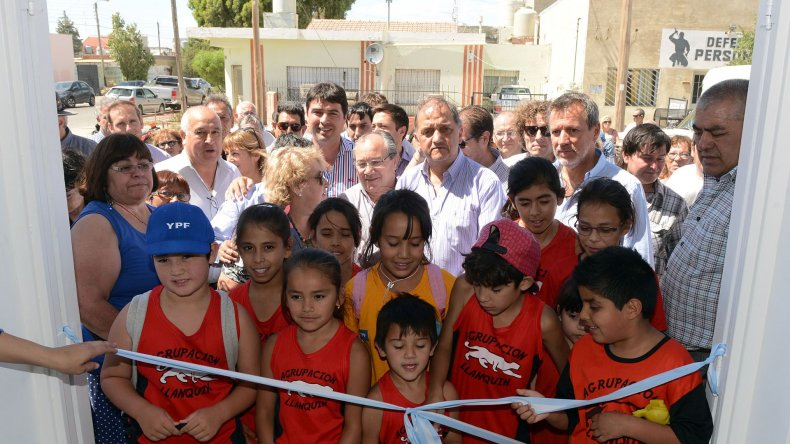 Inauguraron el Gimnasio vecinal del barrio Juan XXIII
