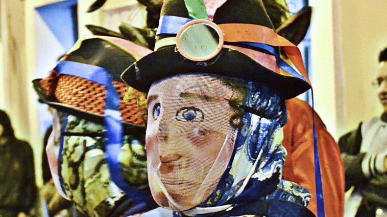 El carnaval en Quito se disfruta al aire libre con desfiles
