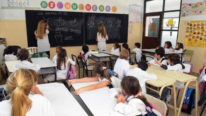 Las provincias ofrecerán en la paritaria docente un aumento del 18%