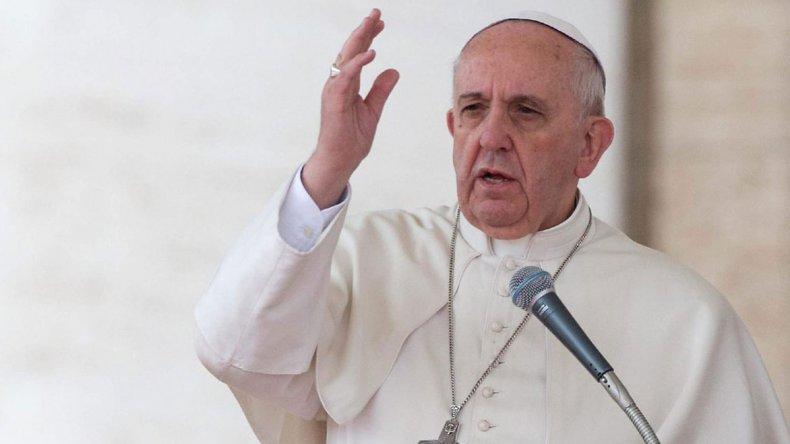 El Papa pidió que la burocracia no haga esperar la ayuda a las víctimas de los terremotos en Italia