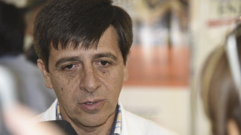 Luis Cisneros presentó su renuncia como director del Hospital Regional.