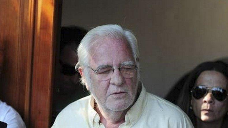 Carrascosa abandonó la casa de unos amigos en Luján donde estaba con prisión domiciliaria y decidió regresar a Carmel.