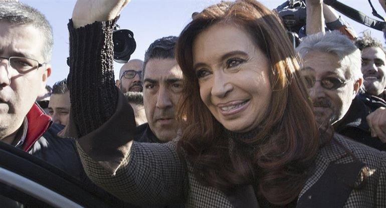 El juez Lijo ordenó avanzar en la investigación contra Cristina.