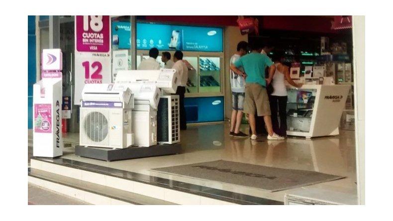 Comerciantes advierten que el consumo puede caer a la mitad con Precios Transparentes