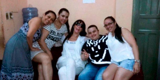 Moria Casán visitó a sus amigas de la cárcel en Paraguay