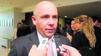 El intendente de Madryn se mostró crítico con las políticas que afectan la ocupación de mano de obra. El lo está sintiendo en su ciudad.
