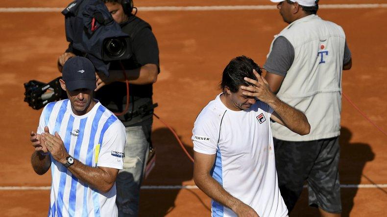 Guido Pella no estuvo a la altura y perdió en sets corridos ante Paolo Lorenzi.