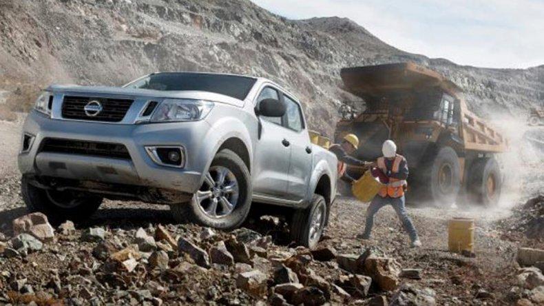 Nissan suma dos nuevas versiones de NP300 Frontier