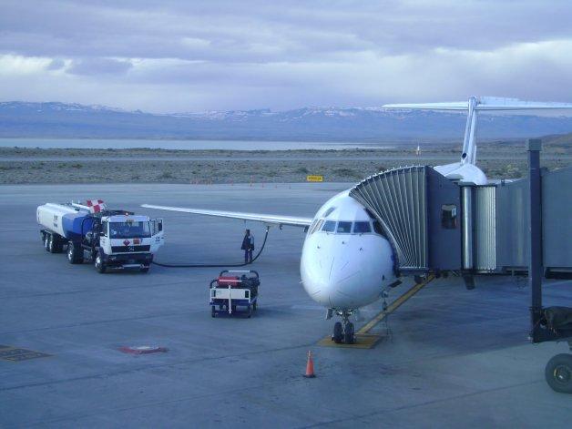 Por una remera con la leyenda Alá es grande demoraron un vuelo