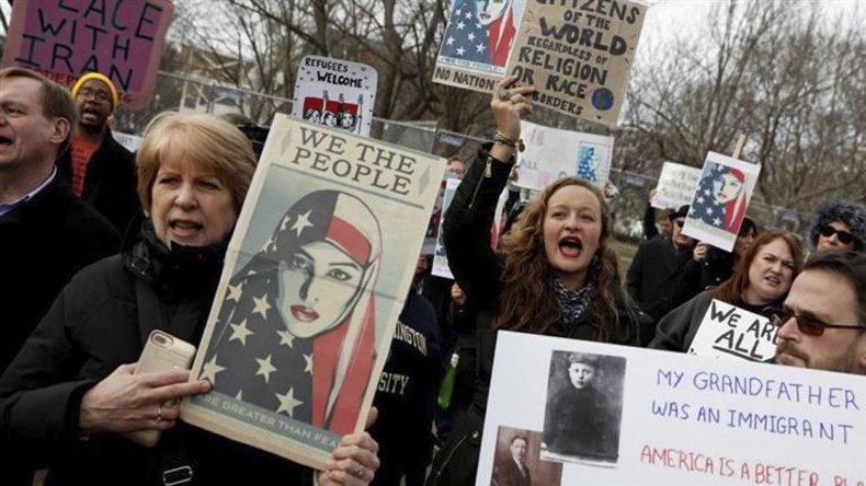 Siguen las protestas contra la medida del presidente de EE.UU.