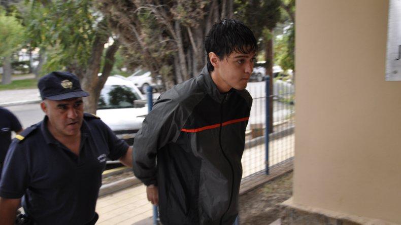 Kevin Joel Miranda Núñez fue detenido por vecinos y un guardavidas cuando intentaba robar en una casa de Playa Unión.