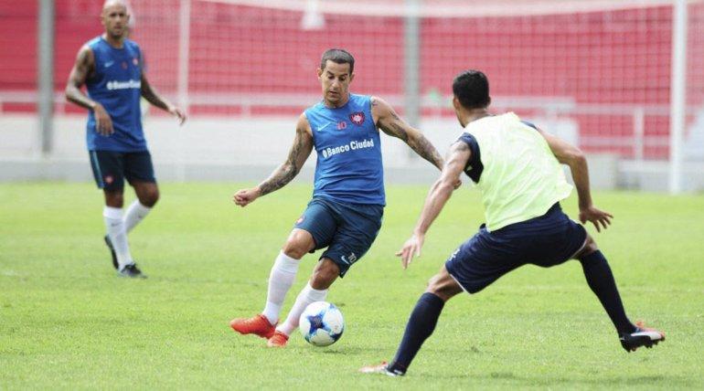 Romagnoli integró el equipo de suplentes de San Lorenzo