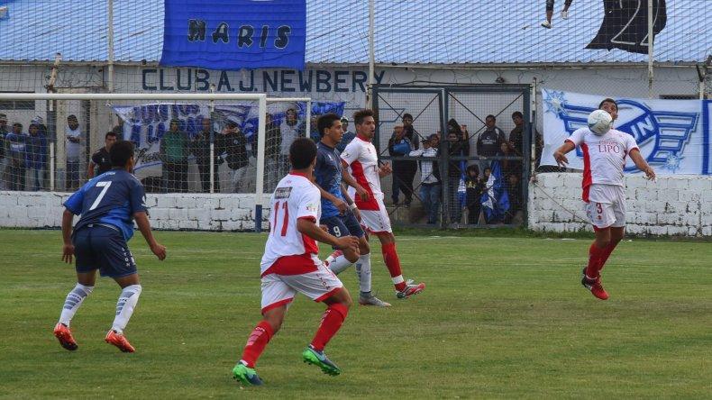 Newbery y Huracán empataron sin goles