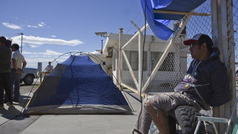 Trabajadores de SP bloquearon la playa  de tanques por tiempo indeterminado