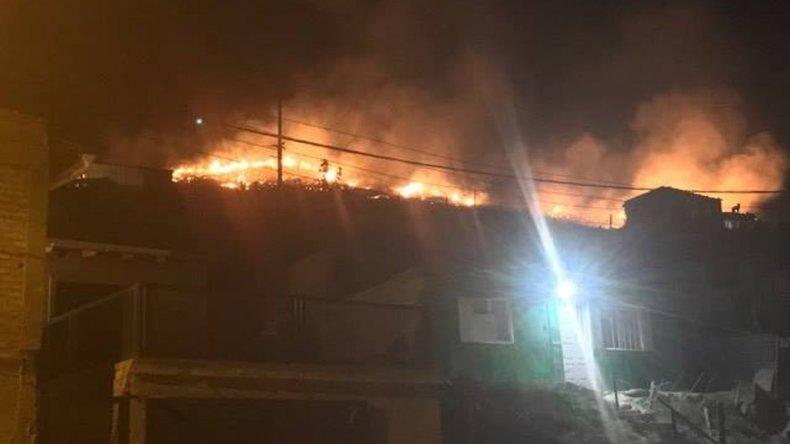Incendio de pastizales mantuvo en alerta a vecinos de La Floresta