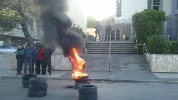 Petroleros de Baker Hughes queman cubiertas