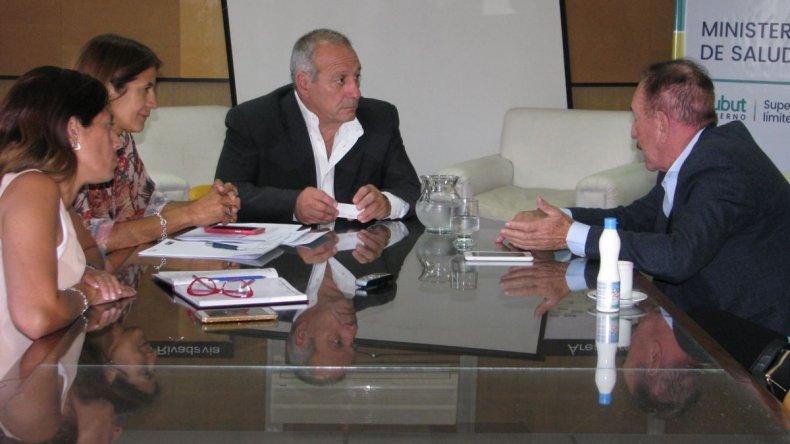 Hernández y Neuspiller dialogaron sobre Reproducción Médicamente Asistida