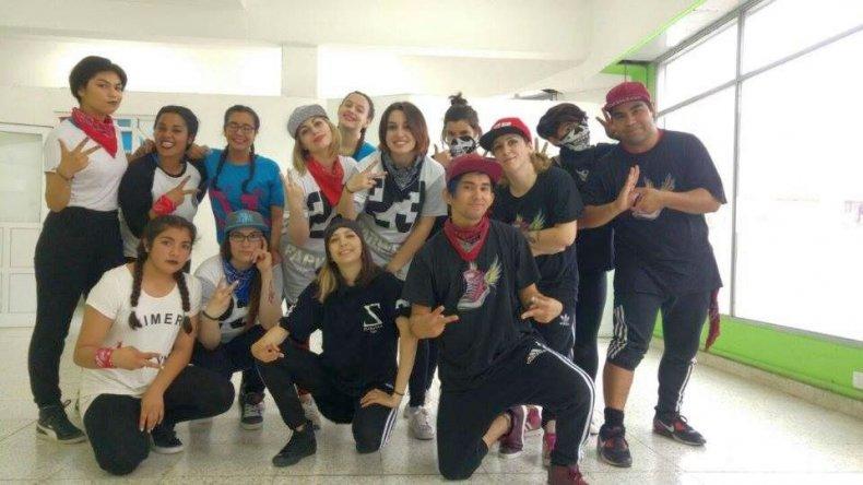 Show, danza y clases en vivo en Caleta Olivia