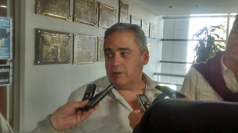 Javier Touriñan criticó las últimas polémicas del gobernador Das Neves.