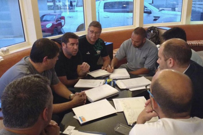 De la reunión formaron parte cinco de las seis autoridades deportivas y el voto fue unánime entre Tierra del Fuego