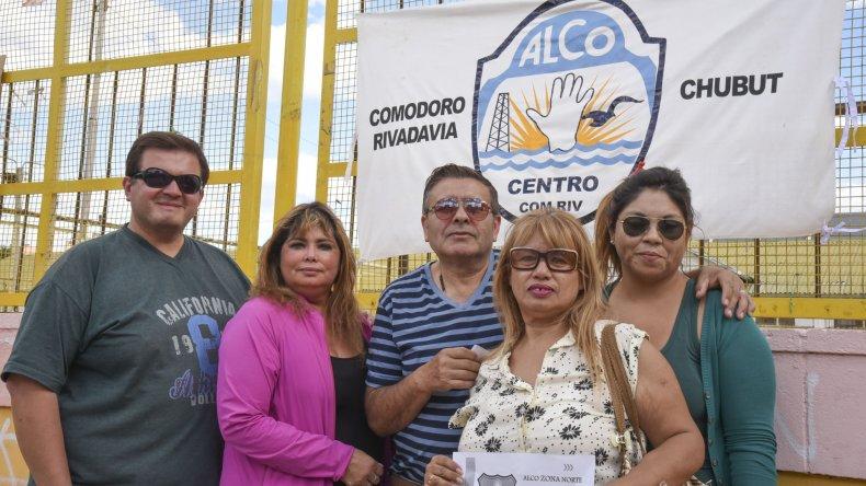 Los coordinadores de ALCO realizaron una panfleteada para informar sobre el nuevo encuentro que ofrecerá la organización en Kilómetro 8.