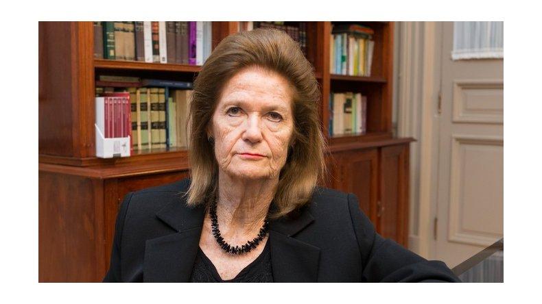No se jubila: Highton de Nolasco le ganó la pulseada al gobierno y seguirá en la Corte