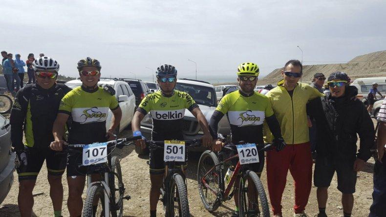 Integrantes del Team Sion que ayer formaron parte del desafío doble que culminará hoy en El Infiernillo.