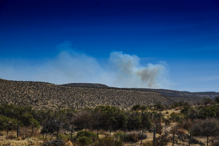 Un campo al sur de Rada Tilly sufrió dos incendios en menos de cuatro días