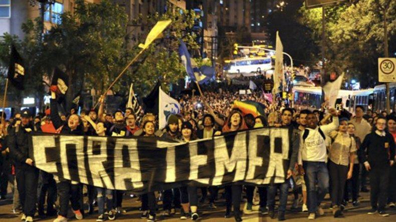 Temer puso al Ejército a controlar motines y protestas sociales.