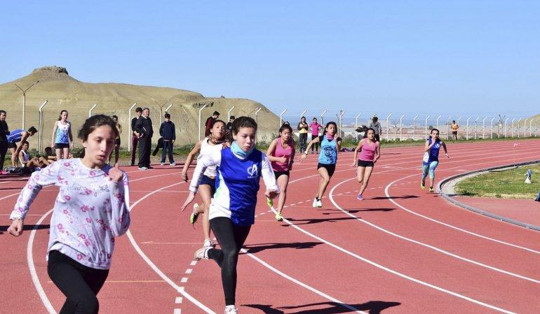 Comenzaron los torneos homenaje en Kilómetro 4.