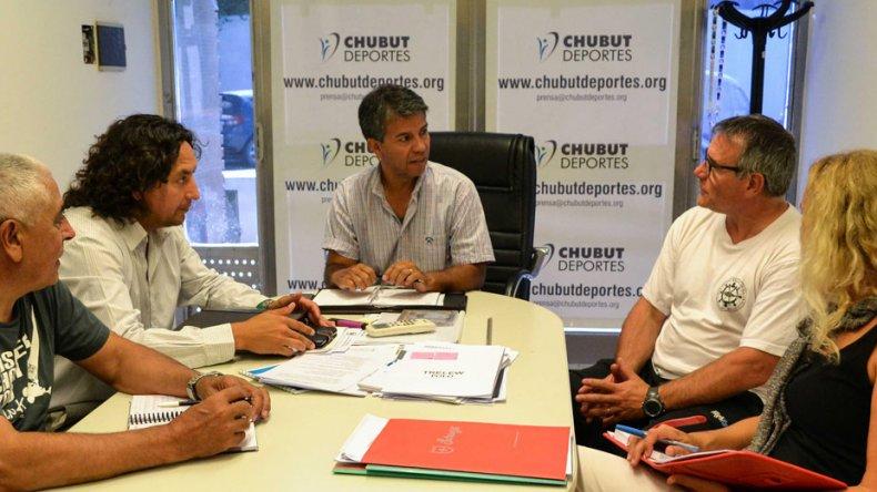La sede de Chubut Deportes fue escenario de una reunión para ultimar detalles de la organización.
