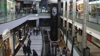 Ventas en supermercados y shoppings aumentaron por debajo de la inflación.