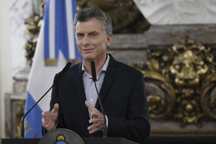 """(No es joda) Macri volvió a culpar a la """"pesada herencia"""""""